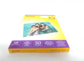 Фотобумага Kodak 200г/м2, 13х18 50 л., глянцевая односторонняя